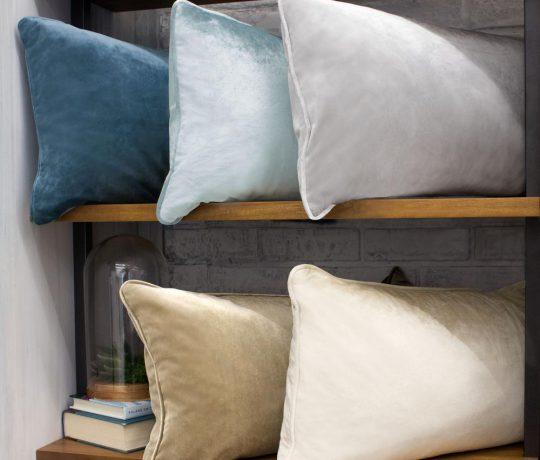 velvet-pillows